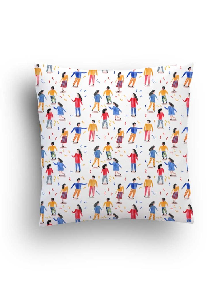 cushion_mock_people